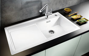 materialien von sp len edelstahl stahl granit keramik silgranit cristadur puradur. Black Bedroom Furniture Sets. Home Design Ideas
